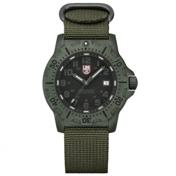 Наручные часы LUMINOX Black OPS Carbon A.8817.GO