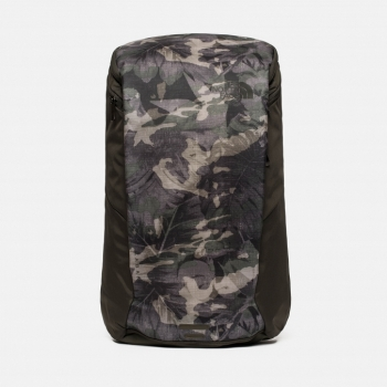 Рюкзак The North Face Kaban 26 л цв. English Green Tropical Camo/New Taupe Green