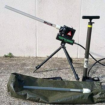 Пневмо-Пушка TECHNIPECHE TECH GUN цв. зеленый в интернет магазине Rybaki.ru