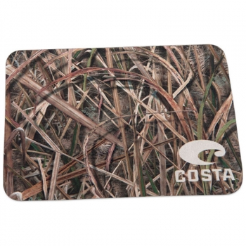 Ткань для протирки очков COSTA DEL MAR Micro-fiber Cleaning Cloths 65 Mossy Oak Shadow Grass Blades Camo, 7 х 5 см в интернет магазине Rybaki.ru